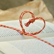 leggere libri online o libro cartaceo
